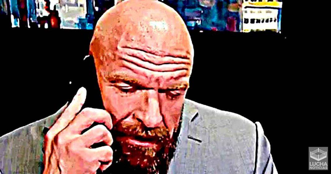 Superestrellas no pueden hablar con Triple H hasta que se recupera del corazón