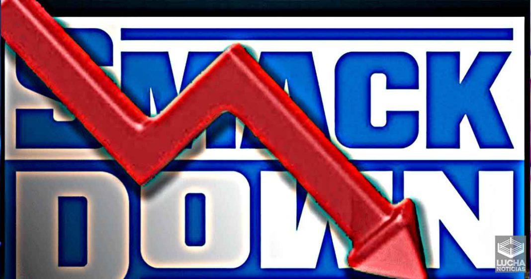 WWE SmackDown baja sus ratings después del gran show en el MSG